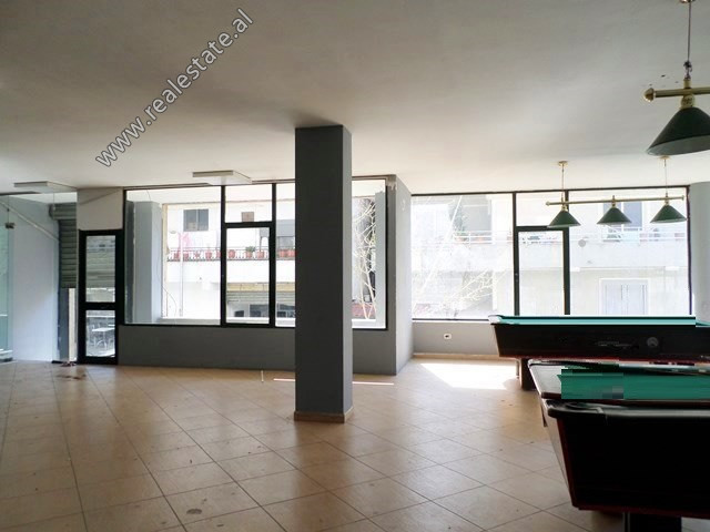 Store space for rent near Durresi Restaurant in Tirana. It is located on the 1st floor of a new bui