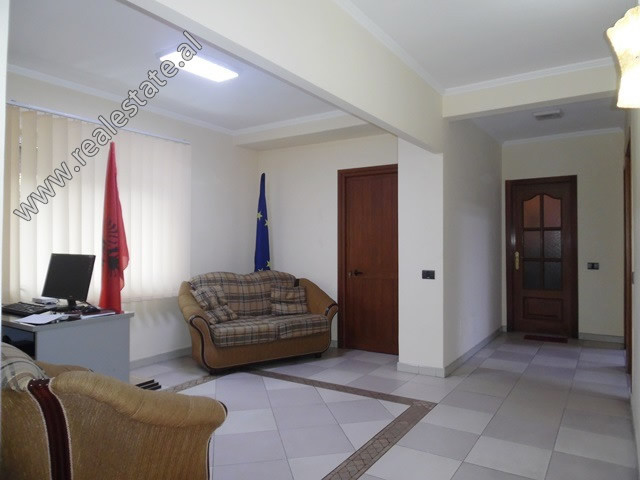 Office space for rent in Fortuzi Street in Tirana. It is located on the 2nd floor of an old buildin