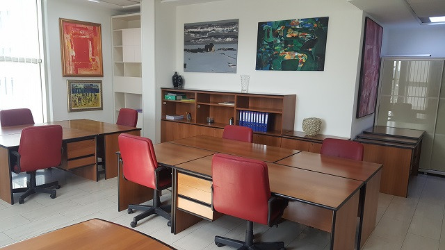 Office space for rent in Elbasani street in Tirana, Albania. It is located on the third floor of a