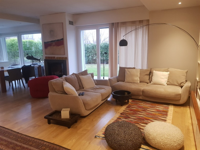 Apartment with yard for rent in one of the most popular residences in the Lunder area.
