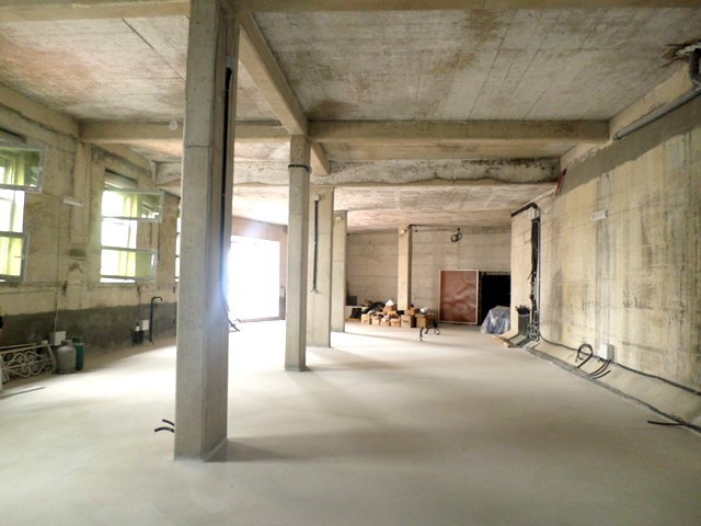 Warehouse for rent in Selita e Vjeter street in Tirana, Albania.