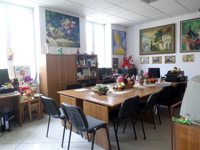 Office for rent in Llazi Miho street in Tirane, Albania. It is located on the ground floor of a thr
