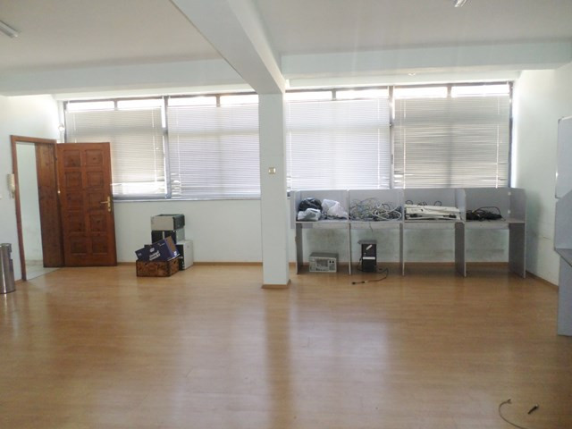 Office space for rent in Mine Peza street in Tirana, Albania. It is located on the second and the t