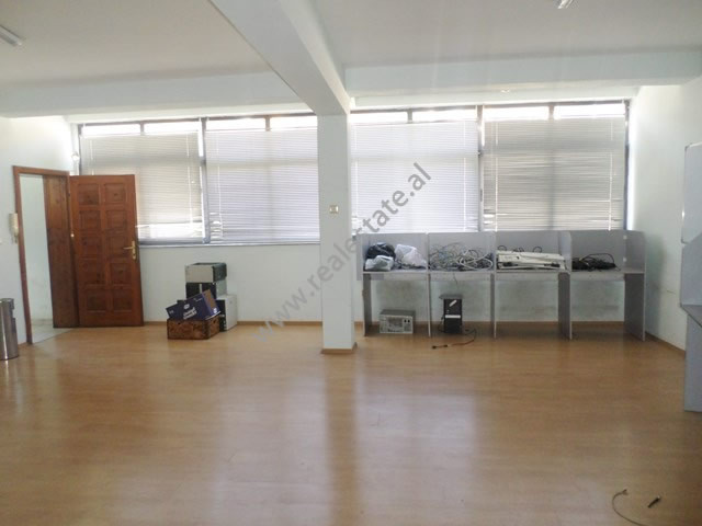 Office space for rent in Mine Peza street in Tirana.  Positioned on the second and third floor of