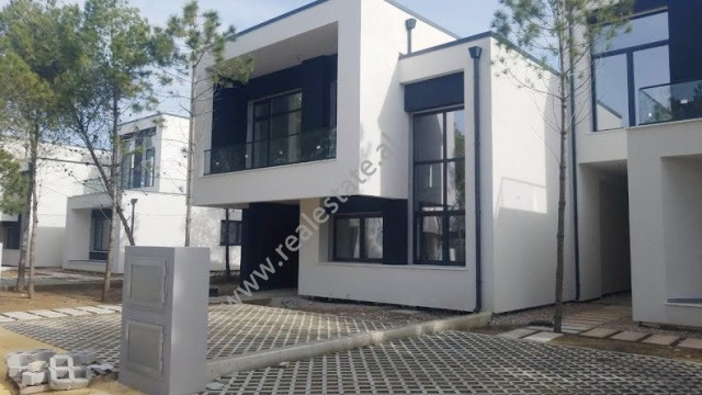 Luxory villa for sale in Hamallaj, in Lalzit Bay.  The two floor villa is located on the third row