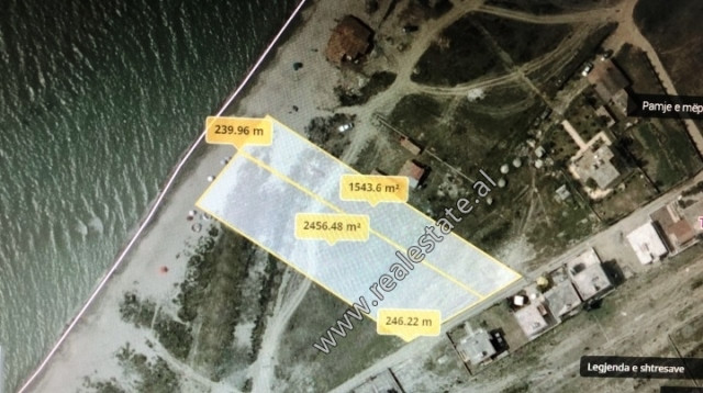 Land for sale on the first line of construction very close to the sea shore. It offers a total surf