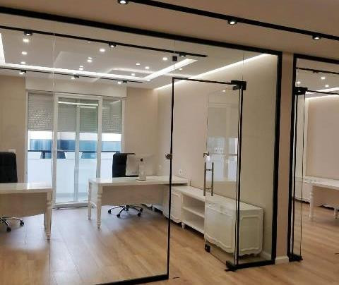 Office space for rent in Donika Kastrioti street in Tirana, Albania.  It is located on the 4-th fl
