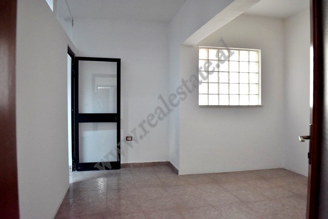 Office for rent near Elbasani Street in Tirana.  It is situated on the 3rd floor in a new building