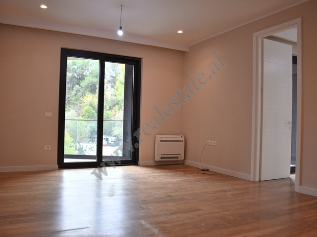Office for rent in Elbasani Street in Tirana.