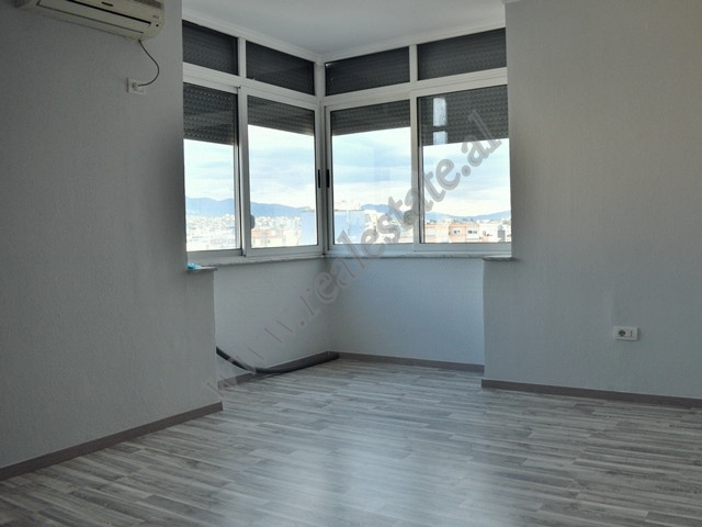 Office space for rent in Luigj Gurakuqi Street. It is located on the ninth floor of a new building