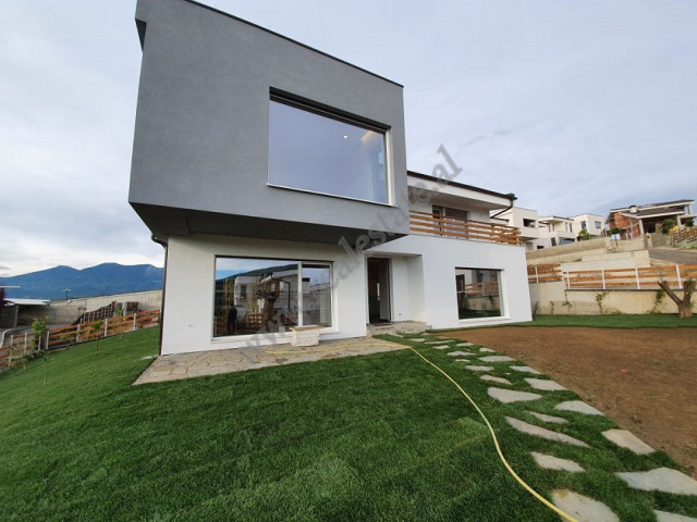 Villa for rent in one of the most favorite residences of Lunder.