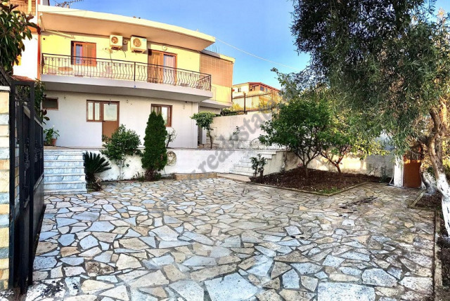 Villa for sale in the city of Saranda, near the yacht port.