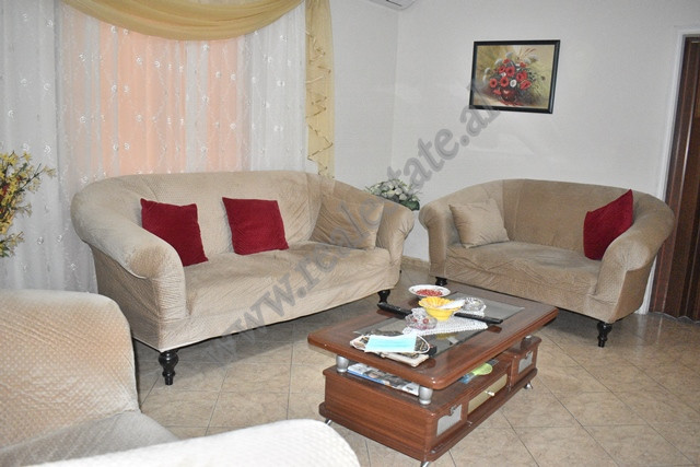 Apartment for rent in Haki Shehu street on the first floor of a 3-storey villa near American Villas