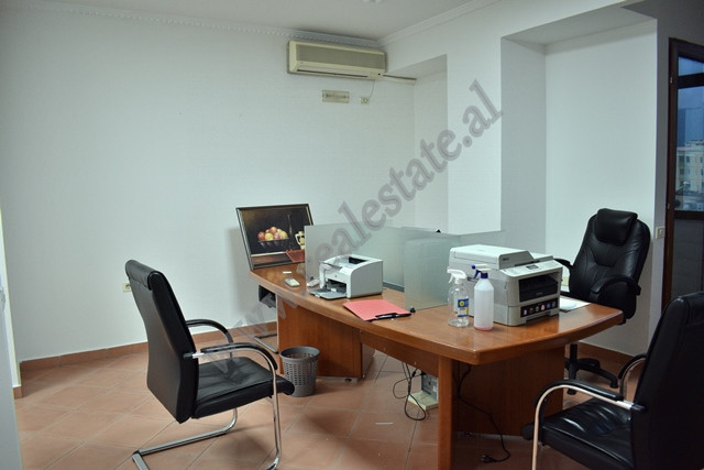 Office space for rent near Ish Stacioni I Trenit area in Tirana, Albania.