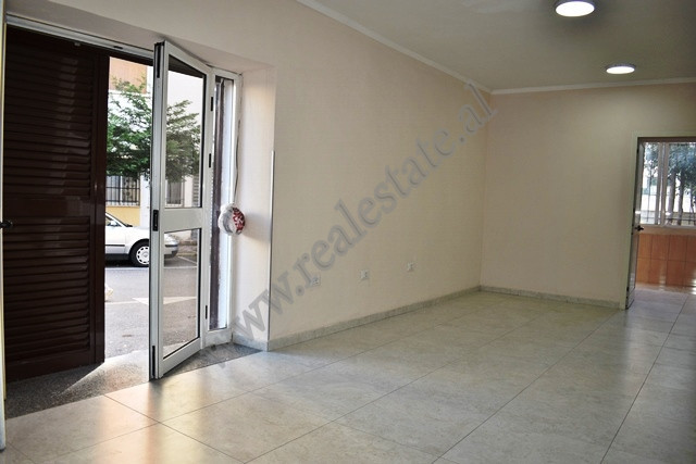 Store  for rent on Fadil Rada Street on the first floor of a building.