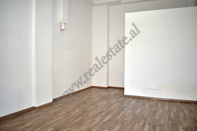 Studio apartment  for rent in Arkitekt Kasemi Street in the area of Brryli in Tirana