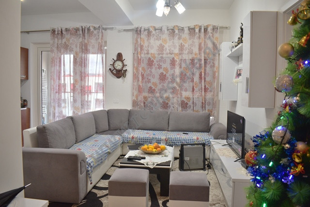 One bedroom apartment for sale in Mangalem 21 Complex in Tirana. The apartment is situated on the f