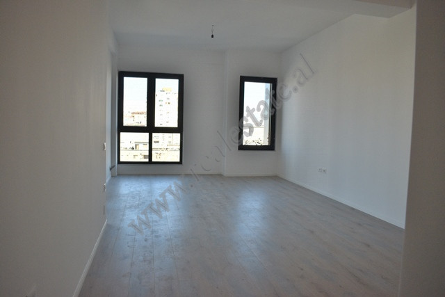 Office space for rent in the Square 21 complex in Tirana.