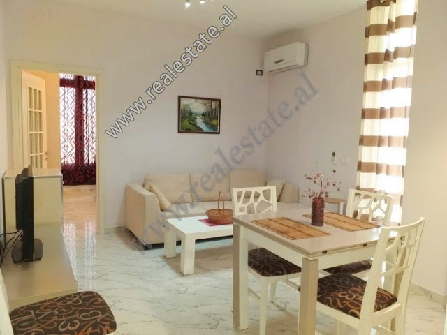 One bedroom apartment for rent close to the Globe center in Tirana.  The apartment is situated on