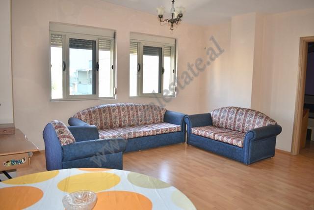Apartament per shitje ne rrugen AT Zef Valentini ne Tirane. Ndodhet ne katin e 6 dhe te fundit te n