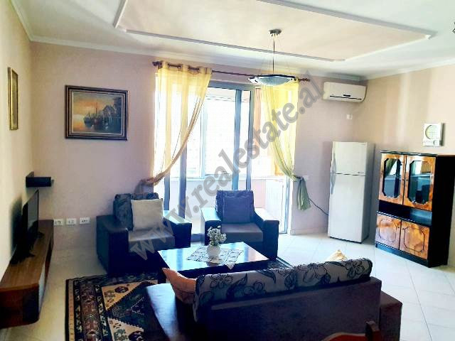 One bedroom apartment for rent in Karl Topia Square in Tirana.  The flat is situated on the 6th fl