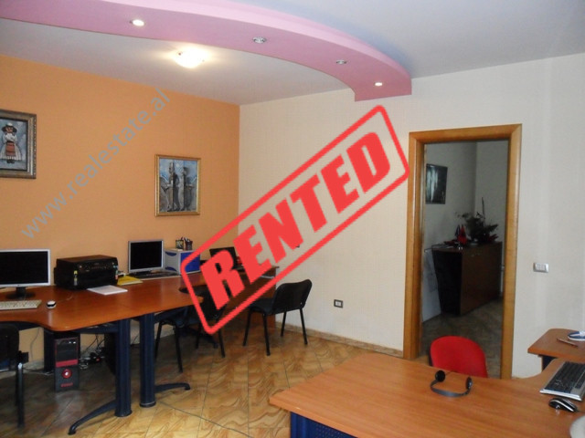 One bedroom apartment for Office for rent in Zogu i Zi area in Tirana. Situated on the 4-th f