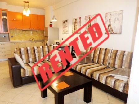 Apartament me qera prane rrugen Shefqet Musaraj ne Tirane.  Apartamenti ndodhet ne katin e gjashte