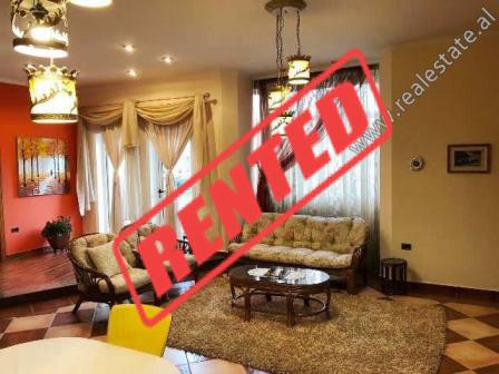 Apartament 2+1 me qera ne rrugen Isuf Elezi ne Tirane.  Ndodhet ne aktin e 2-te te nje vile 3-kate