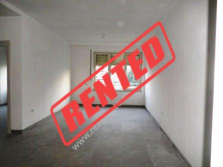Apartament per zyra me qera ne rrugen Brigada e VIII ne Tirane.  Apartamenti ndodhet ne katin e ka
