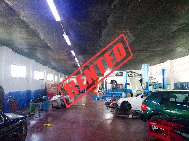 Warehouse for rent in Misto Mame area in Tirana, Albania. With a total surface of 1200 m2 this prop