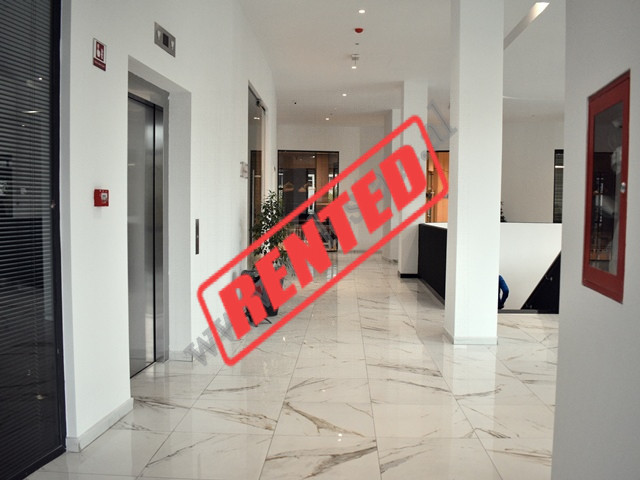Office for rent close to the entrance of the Big Park in Tirana. It is situated on the 2nd floor of