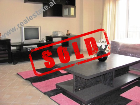 "Apartament 3+1 me qera ne rrugen ""Qemal Guranjaku"" ne Tirane. Apartamenti ndodhet ne kat"