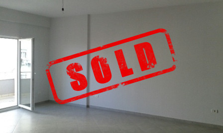 Two bedroom apartment for sale in Linza area in Tirana.  The apartment is situated on the second f