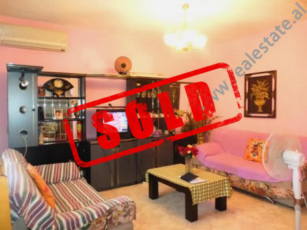 Apartment for sale nearby 7 March School in Tirana.  The flat is situated on the 2nd floor of an o