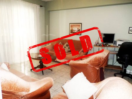 Apartment for sale close to Dinamo Complex in Tirana.  The apartment is situated on the six floor