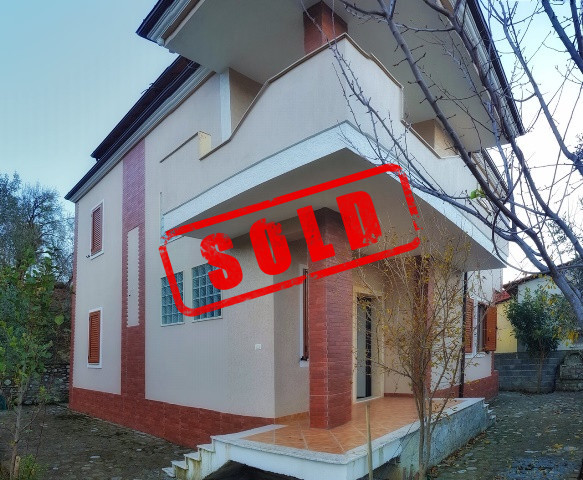 Three storey villa for sale in Krrabe village close to Tirana-Elbasan road in Tirana, Albania.  It