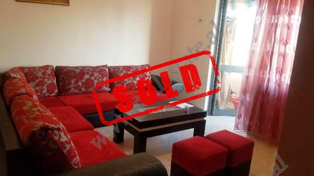 Apartament 1+1 per shitje ne rrugen Demir Progri, prane Xhamise ne Don Bosko, ne Tirane. Apartament